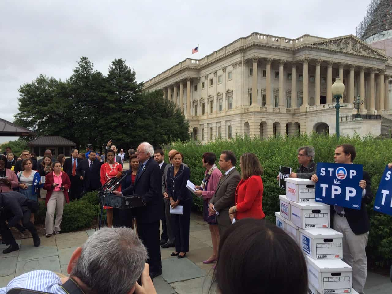 Sanders at TPP petition delivery